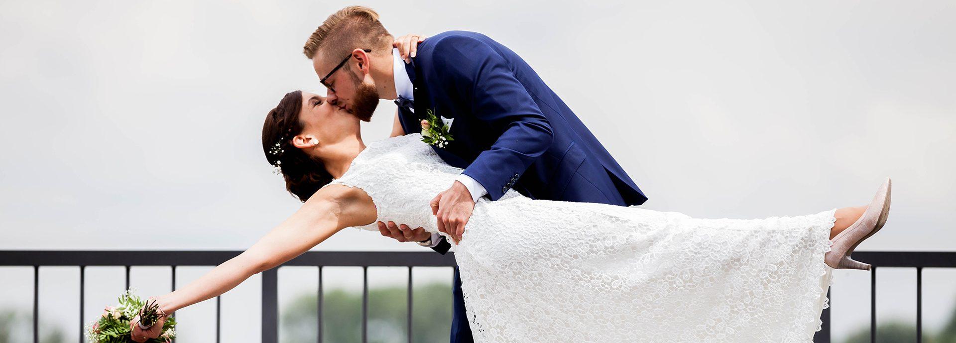 Hochzeitsfotograf aus Kassel & Videograf Tel.: 0176/303 591 27 Büro:0561/5037 6040